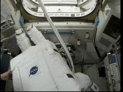 [ISS] Panne + réparation d'un des systèmes de refroidissement  - Page 4 Vlcsna60