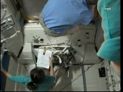 [ISS] Panne + réparation d'un des systèmes de refroidissement  - Page 4 Vlcsna66