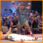 [Gamescom 2010] Le Show Street Fighter cross Tekken Gc_ono11
