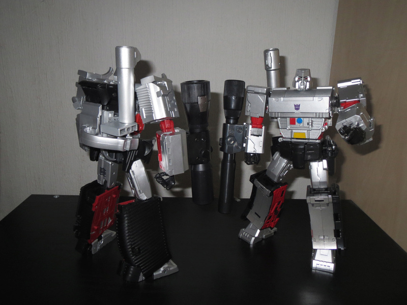 Astuces pour réparer vos Jouets Transformers - Page 4 Megatr10