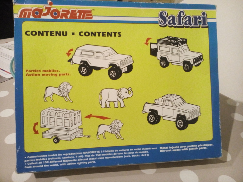 N°712 COFFRET SAFARI  Img_2043