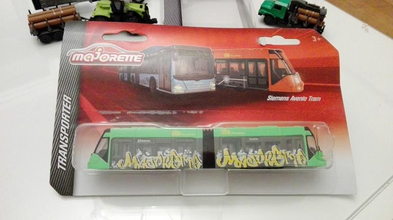 N°608B  Siemens avenio tram Img_2194