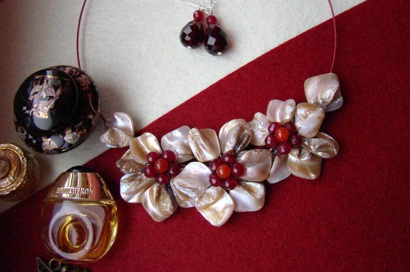 """""""Flori de piatră-Bijoux"""" albumul I-bijuterii artizanale marca Didina Sava - Pagina 2 Colier70"""