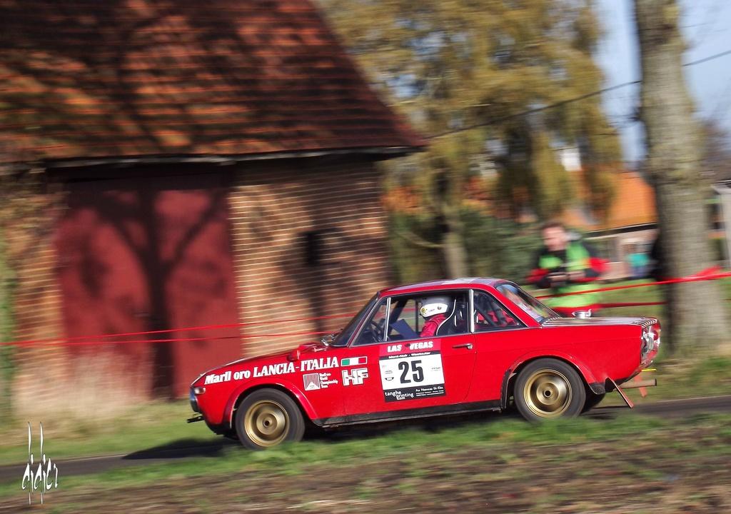 Photos Lancia - Page 2 Dscf7210