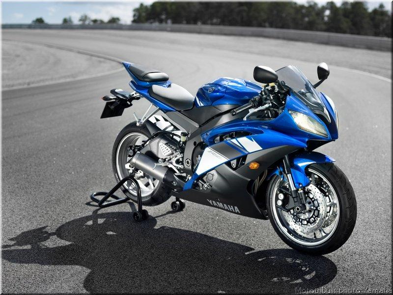 CBR 600 RR 08- Yamaha11