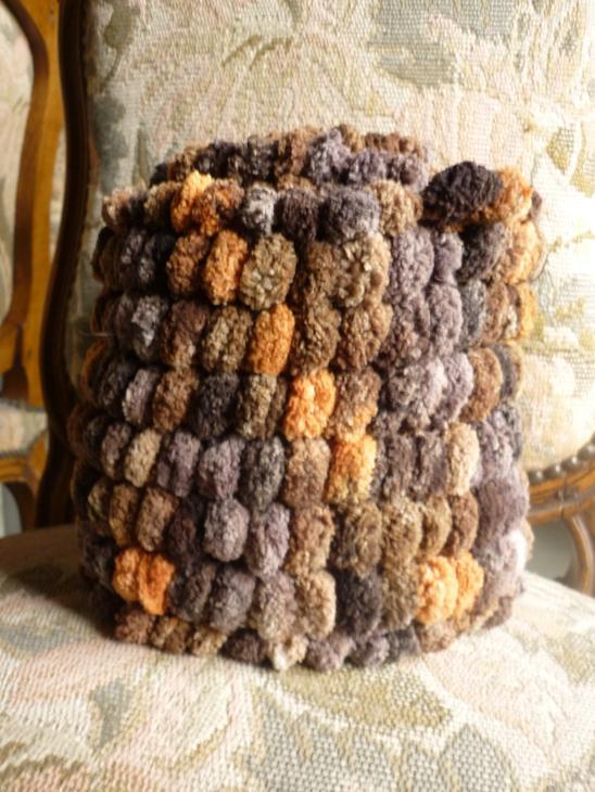 Echarpes et diverses choses tricotées main  P1040210