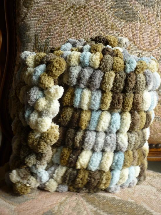 Echarpes et diverses choses tricotées main  P1040211