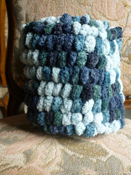 Echarpes et diverses choses tricotées main  P1040212