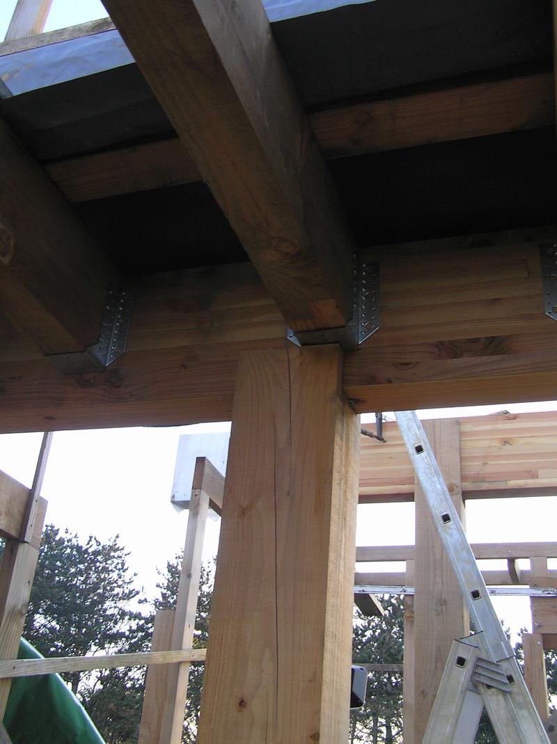 assemblage poteau bois sur bois Pc040213
