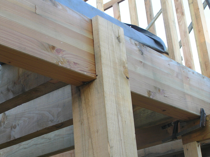 assemblage poteau bois sur bois Pc040214