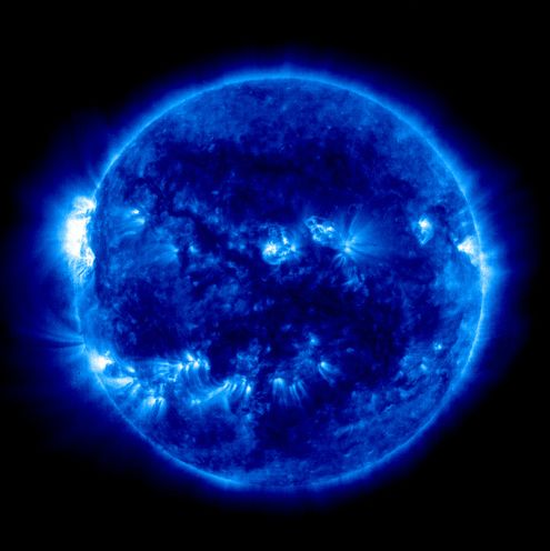 The secret of a burning candle and why the sun is cold Latest10