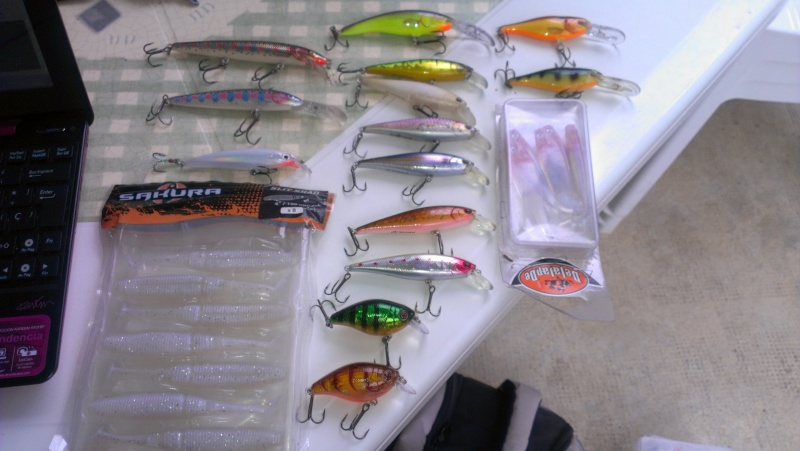 vide sac de pêche ! leurres ....etc Imag0516