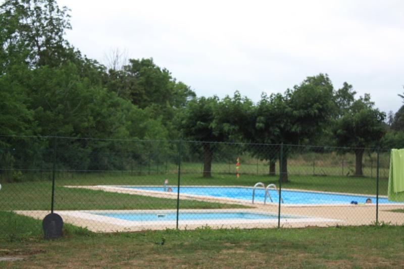 Camping Les EYCHECADOUS a Artigat - Ariege 09130 - Img_8010