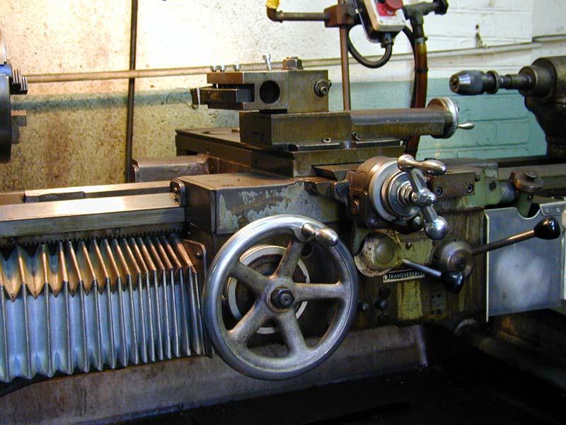 tournage , matière première et fabrication appareil tournage sphérique Hb310