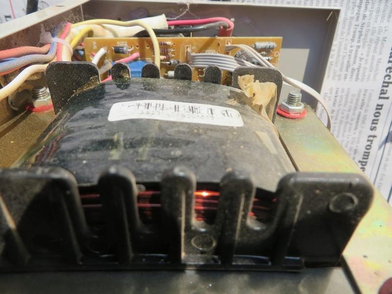 [Maroc/Electricité] Régulateur de tension Regula11