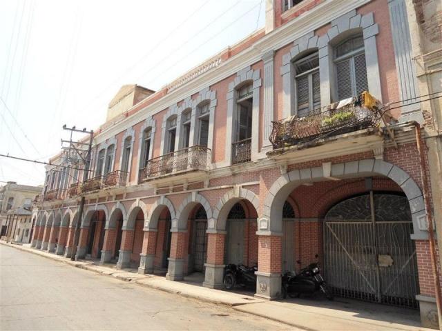 Calles de Santiago de Cuba Bacard10