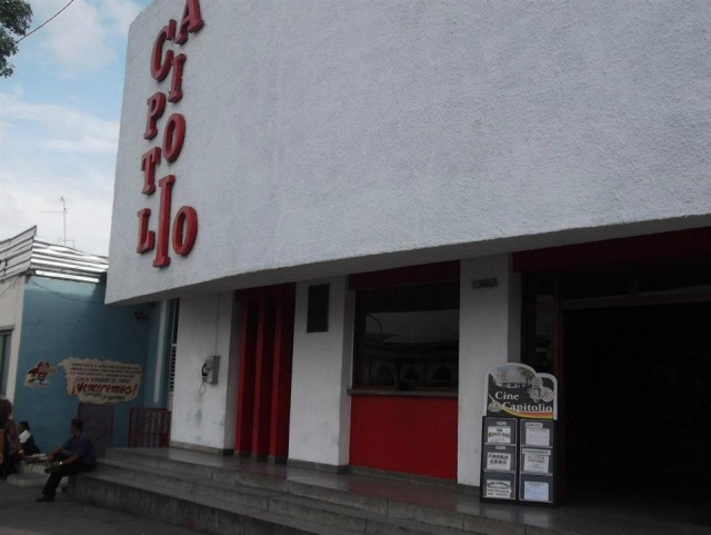 Calles de Santiago de Cuba Cine_c10