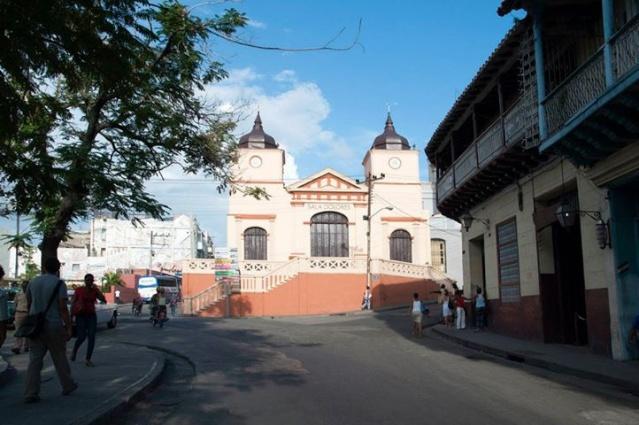 Calles de Santiago de Cuba Dolore10