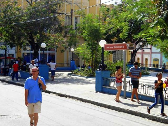 Calles de Santiago de Cuba Serran10