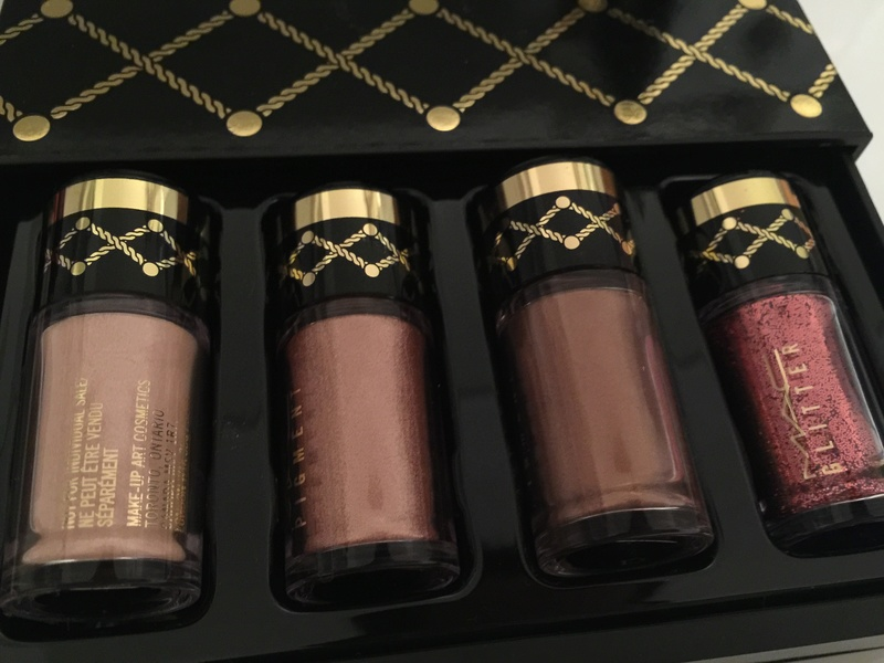 MAC Nutcracker Sweet Holiday 2016 Collection - Page 3 Img_0925