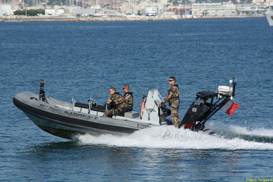 [LES PORTS MILITAIRES DE MÉTROPOLE] Mouvements de Bâtiments dans la rade de Toulon - Page 4 0612