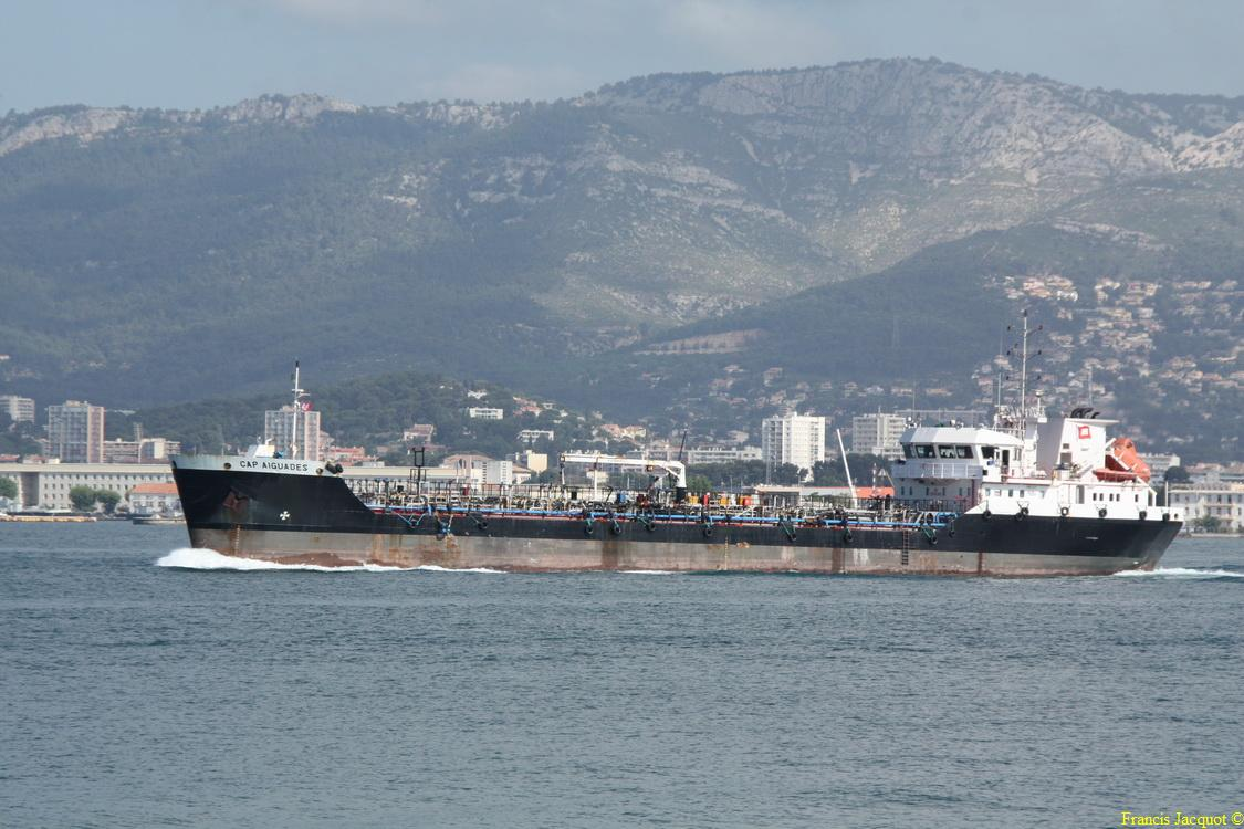 [LES PORTS MILITAIRES DE MÉTROPOLE] Mouvements de Bâtiments dans la rade de Toulon - Page 4 0712