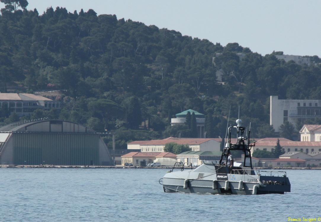 [LES PORTS MILITAIRES DE MÉTROPOLE] Mouvements de Bâtiments dans la rade de Toulon - Page 5 0713