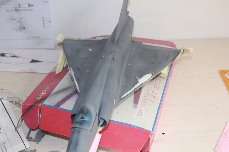 Mirage III E 1/32 revell - Page 6 Img_2032
