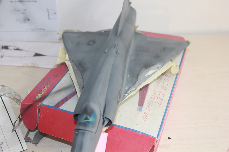 Mirage III E 1/32 revell - Page 6 Img_2033