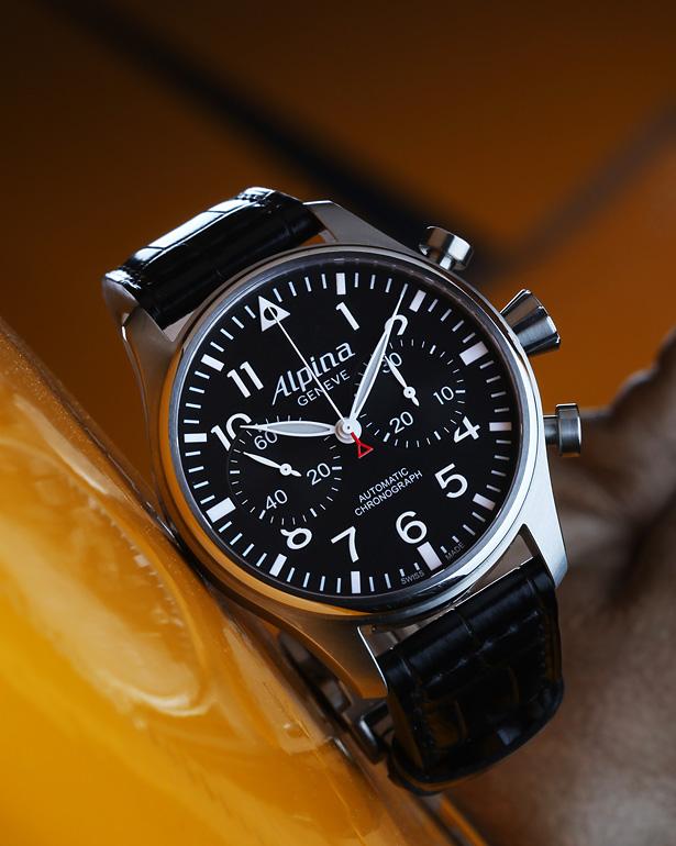 Recherche active de montre (4k) Alpina10
