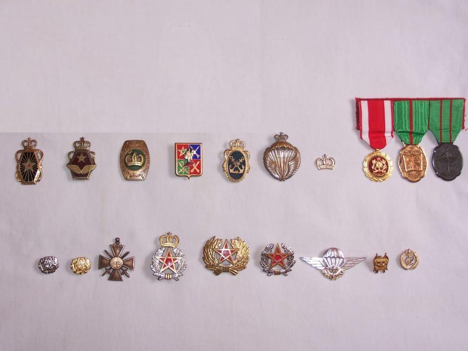Unités, Grades et insignes dans les FAR / Moroccan Units and Ranks - Page 4 31431210
