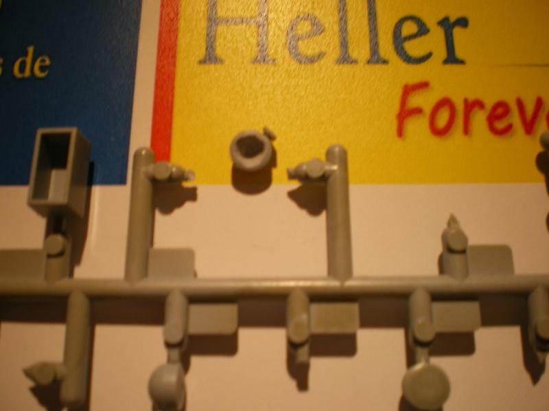 petit gris ferguson  1/24 heller Idye_d19