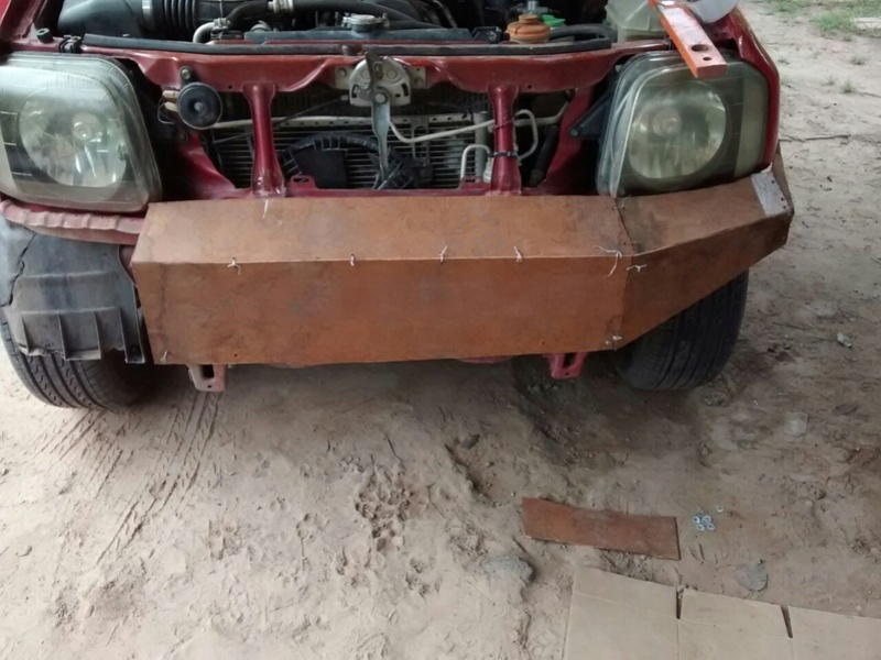 Bumper para jimmy A7955a10