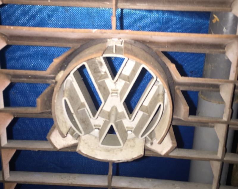 Large VW Logo on watercooled rad Img_3911