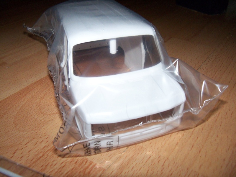 Italeri 3687 Ford Transit Mk2 101_4217