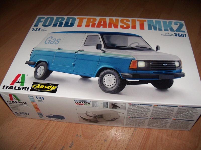 Italeri 3687 Ford Transit Mk2 101_4220