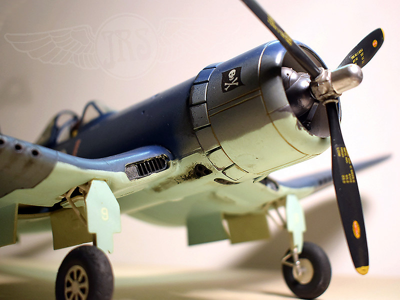 Vought F4U-1A Corsair  / M 1:32 F4u_0110