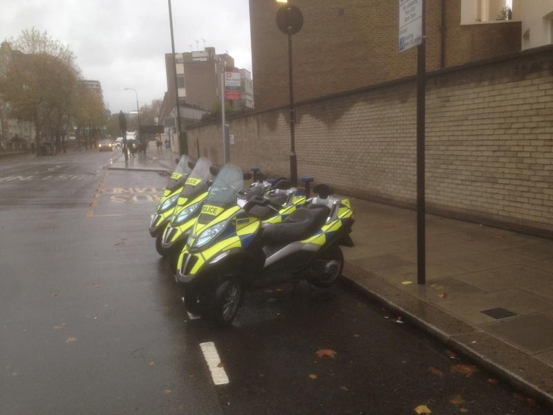 Pendant ce temps là, à Londres il pleut sur les MP3 Img_4510