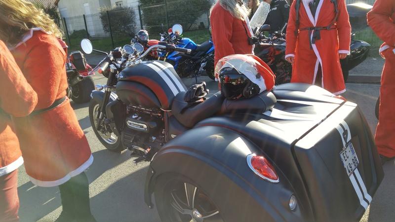 Père Noël Motard CREON LIBOURNE 20161279
