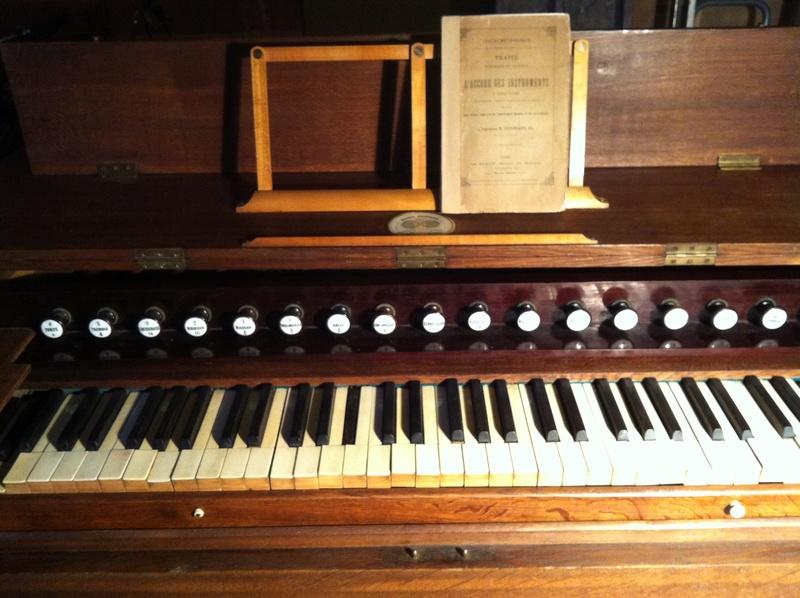 VENTE Rare Harmonium FOURNEAUX et son traité ... Fourne11