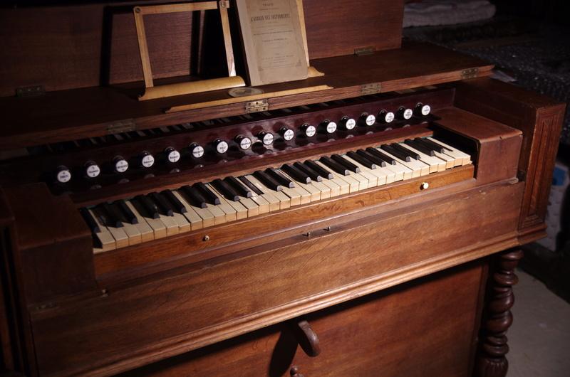 VENTE Rare Harmonium FOURNEAUX et son traité ... Fourne13
