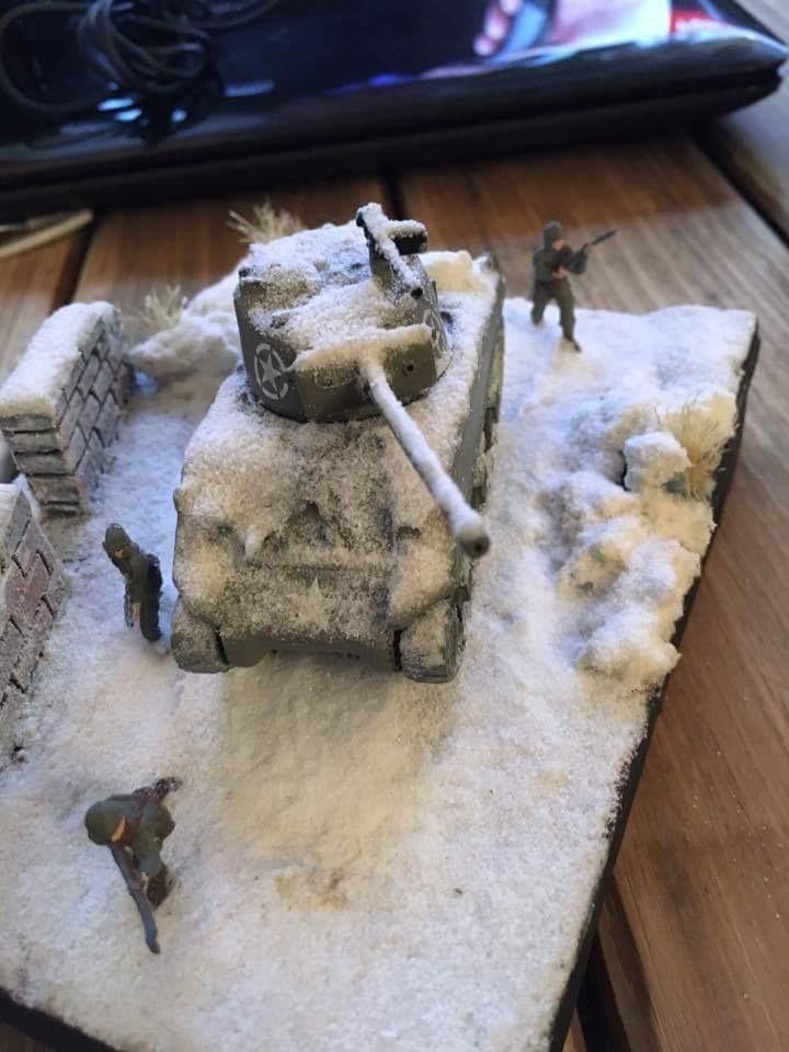 Sherman sous la neige 1/72 - Page 2 Image12