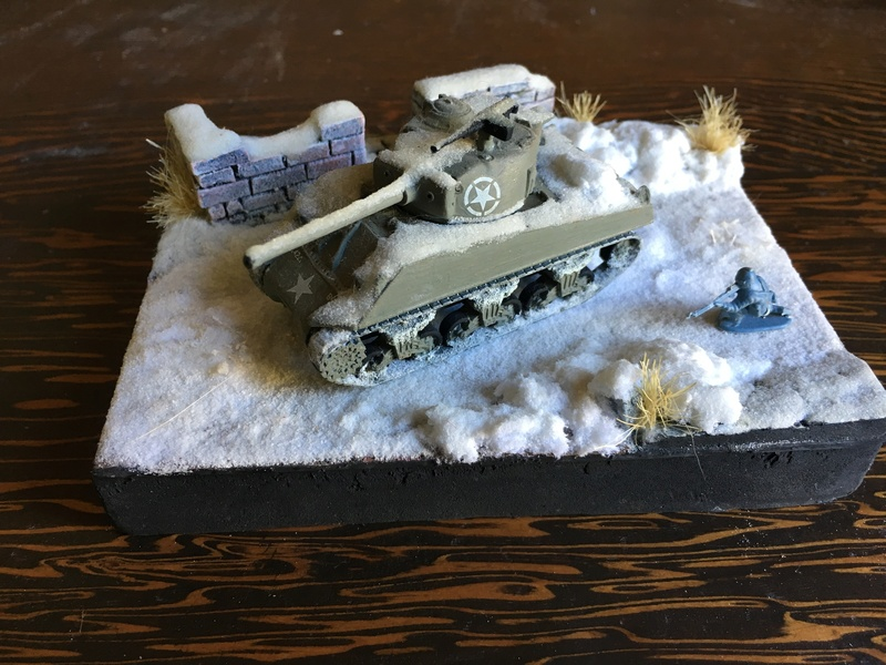 Sherman sous la neige 1/72 Img_4511