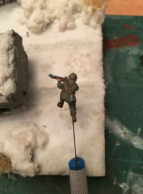 Sherman sous la neige 1/72 Img_4611