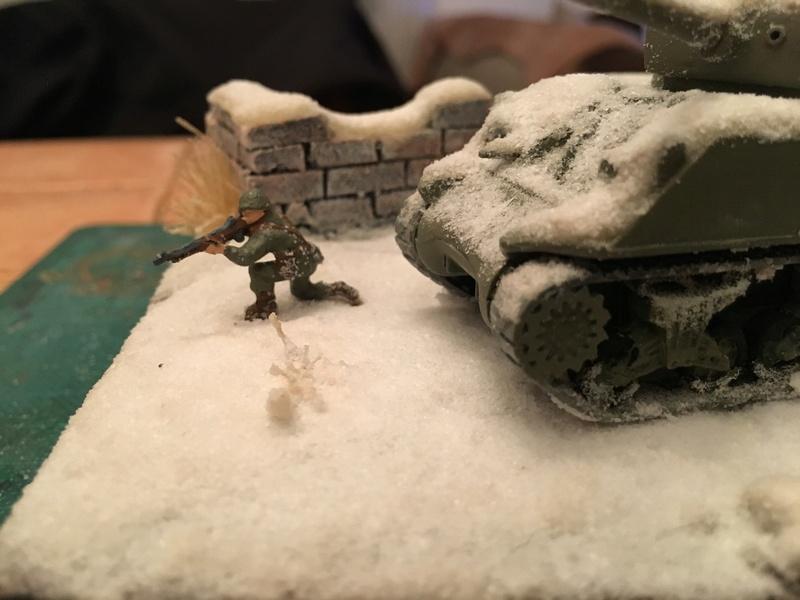 Sherman sous la neige 1/72 Img_4614