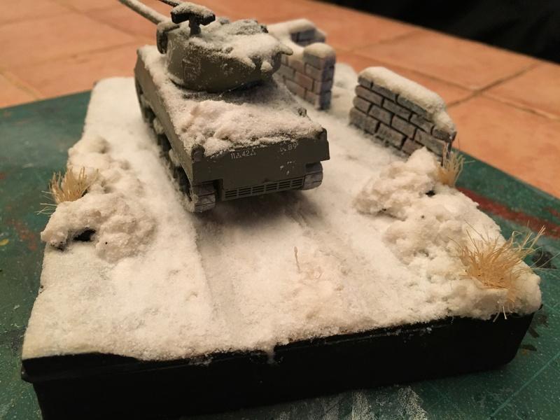 Sherman sous la neige 1/72 Img_4616