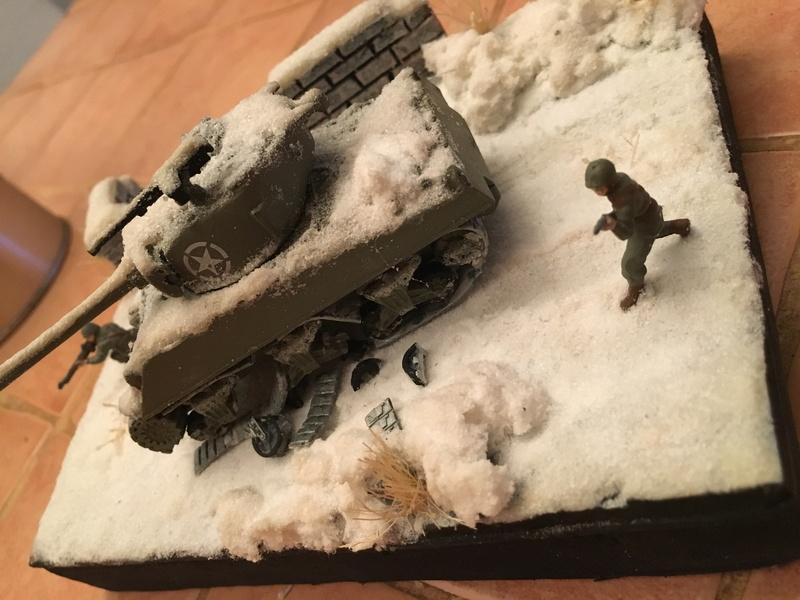 Sherman sous la neige 1/72 - Page 2 Img_4710