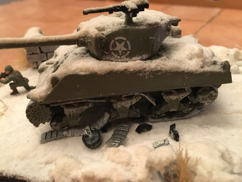 Sherman sous la neige 1/72 - Page 2 Img_4714