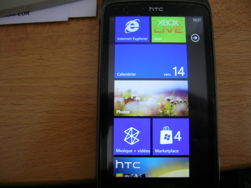 [TUTO] Changer et personnaliser les couleurs du HUB sur son HTC (HD7, 7 Mozart, Trophy,..) Dscn1711