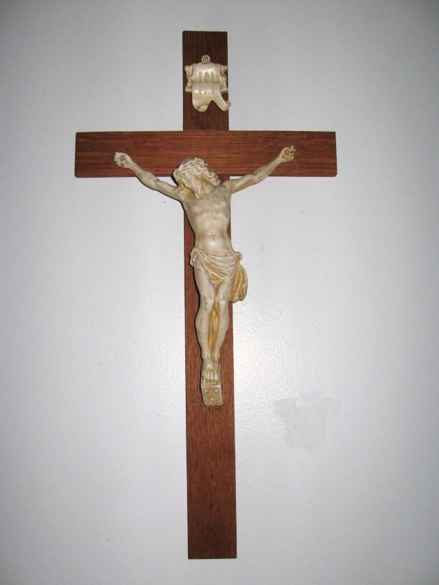 Crucifix Img_1511